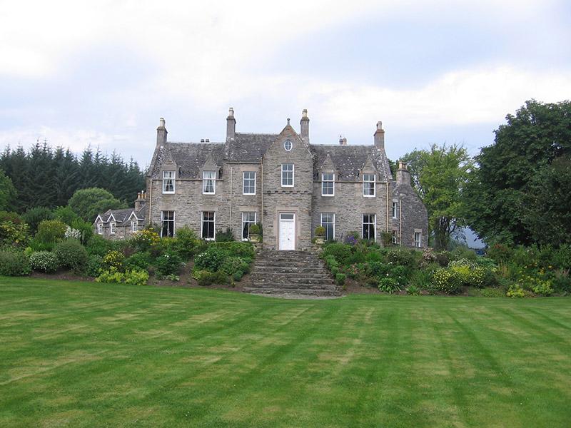 Glenlivet House with Cottage behind