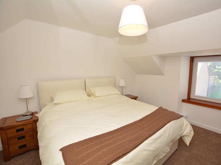Super king size bedroom