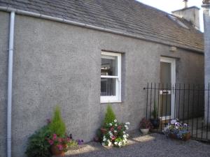grant cottage 3