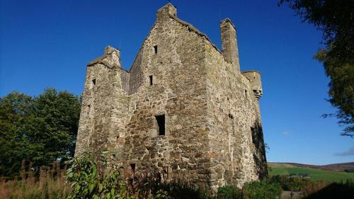 20 10 02 Blairfindy castle-min